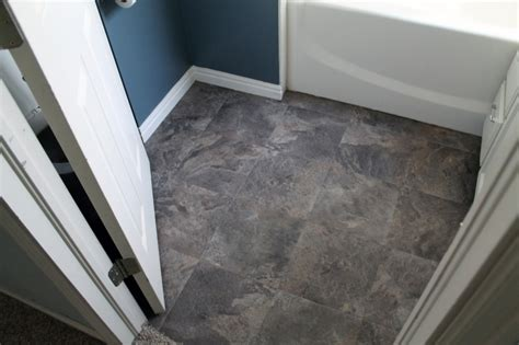 Peel And Stick Vinyl Flooring by Bathroom Flooring Ideas For Small Bathrooms With