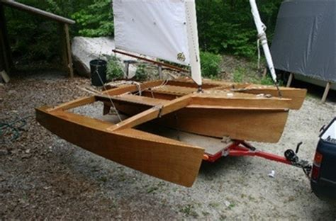 trimaran pros and cons trimaran hull design see article do trimarans plane for