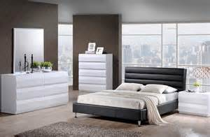 Black And White Bedroom Furniture by Black And White Bedrooms A Symbol Of Comfort That Is Elegant