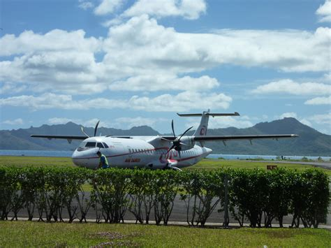 Ura Ra Vol 4 review of air tahiti flight from raiatea to papeete in economy