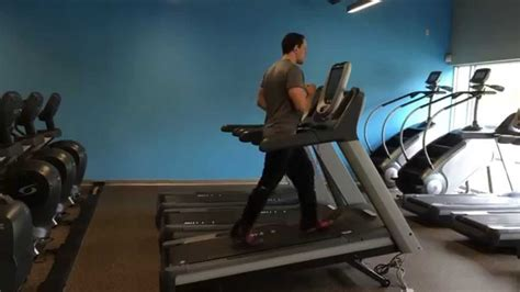 how to to walk on treadmill how to properly walk on incline on a treadmill