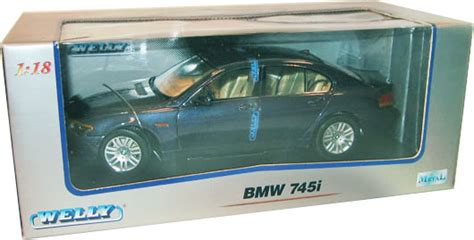 Welly Diecast 124 Bmw 745i 22446 2002 bmw 745i blue welly 1 18 diecast car scale model