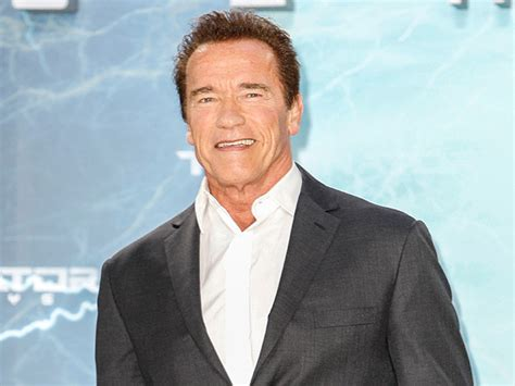Arnold Schwarzenegger Is Re Elected by 15 Who Ran For Office And 6 Who Were