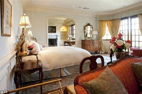 michael jackson death bed michael jackson death bed up for auction in la next month
