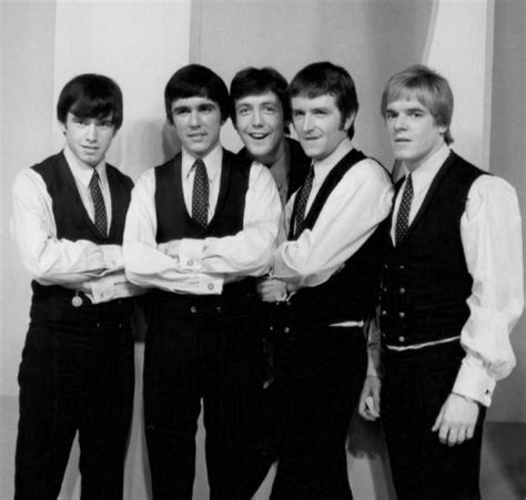 cbs uk singles discography 1965 1967 at sixtiesbeat the dave clark five discography wikipedia