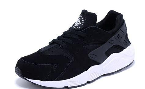 nike air huarache for black w white sole suede running