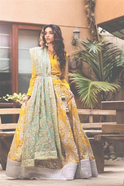 fashion design frocks yellow frocks ladies dress design 450 fashion designer art