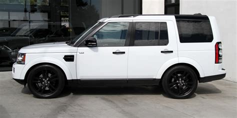 100 White Land Rover Lr4 With Black Wheels Range