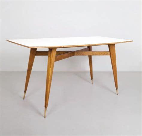 tavolo gio ponti gio ponti un tavolo anni 50 legno di on gio ponti