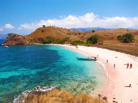 Lu Taman Energi Matahari ini dia pantai di indonesia yang wajib lo singgahi kalo