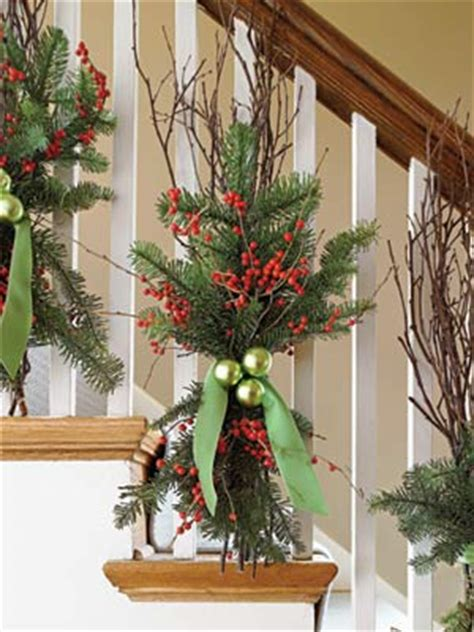 banister decorating ideas deck the banister 50 easy holiday decorating ideas