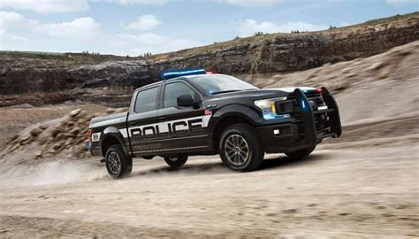 police responder pursuit ready pickup  ready  duty