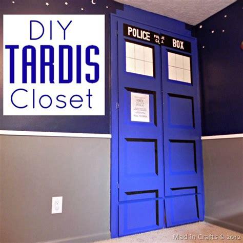 tardis bedroom door madincrafts diy tardis jpg