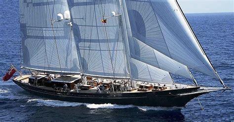 zeiljacht athos yacht meteor royal huisman charterworld luxury
