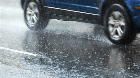 Auto Lawyers In Chicago 5 by 7 Tips To Avoid A Hydroplaning Car Willens
