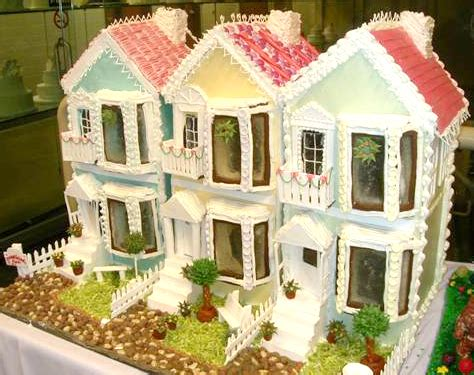 Bread Houses by 19 Best Worst Gingerbread Houses Craziest