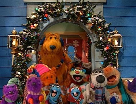 bear inthe big blue house christmas woodland valley carols muppet wiki