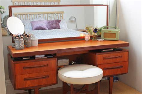 Makeup Storage Desk by Zoella Makeup Collection Storage 2014