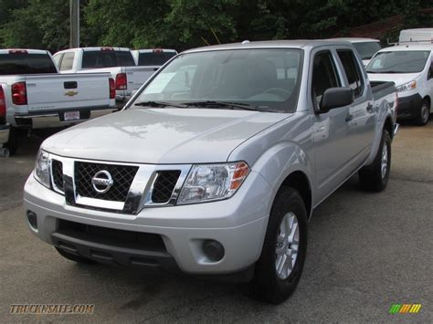 Nissan Frontier Sv by 2014 Nissan Frontier Sv Crew Cab In Brilliant Silver