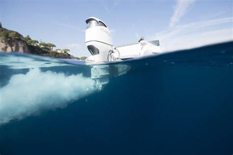 boat show yokohama suzuki launches new performance propeller range at the