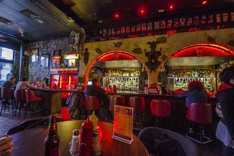 dive bar casino el camino caught  fire  sixth street