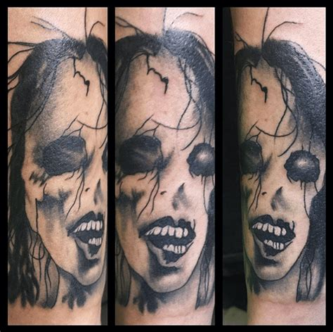 creepy tattoo 33 scary tattoos that are so creepy they will haunt your