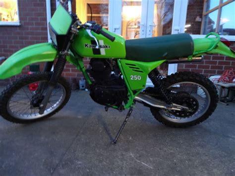 Shock Kawasaki Klx Kawasaki Klx 250 1981 Shock Green Enduro Vinduro