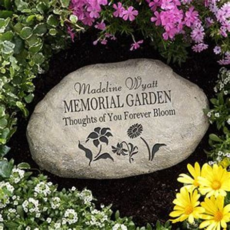 Memorial Rocks For Garden Best 25 Memorial Gardens Ideas On Pinterest Memorial Garden Stones Memorial Stones And