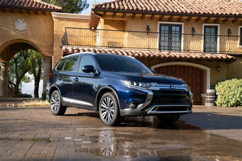 toyota outlander 2020 2020 mitsubishi outlander review ratings specs prices