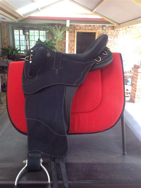wintec swinging fender wintec pro stock saddle with swinging fender saddles and