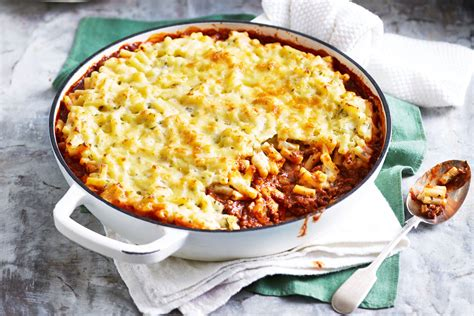 mac n cheese olive garden bolognese mac n cheese recipe better homes and gardens