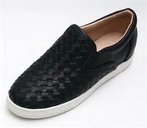 womens slip on lattice leather fashion sneakers