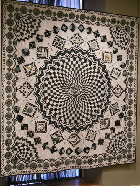 quilt pattern vortex 1000 images about quilted spiral and vortex quilts on