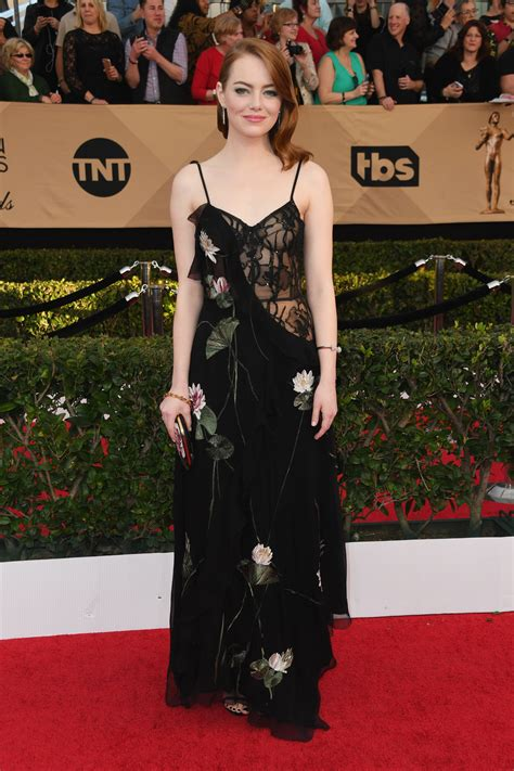 Catwalk To Carpet Sag Awards by See All The Sag Awards 2017 Dresses On The