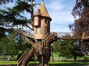 real treehouse tree houses luxury real estate