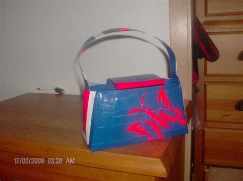 How To Make A Bag Out Of Construction Paper - duct purse 183 how to make a duct bag