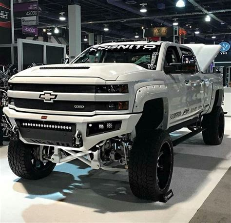 trucks cool best 25 cool trucks ideas on gmc suv lifted