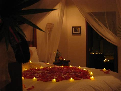 romantic things to do in the bedroom romantic bedroom decoration ideas for wedding night is one