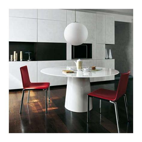 Supérieur Table Salle A Manger Plateau Verre #4: table-ronde-design-verre-totem-sovet.jpg