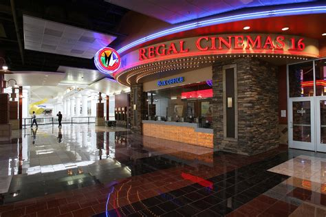 regal tonies regal cinema unveiling king sized recliners the buffalo news