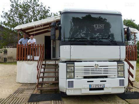camion cuisine mobile edition haut doubs haut doubs la pizzeria se d 233 place de