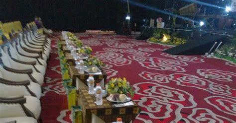 Lu Hias Di Yogyakarta jasa pembuat bunga untuk meja seminar di yogyakarta jasa