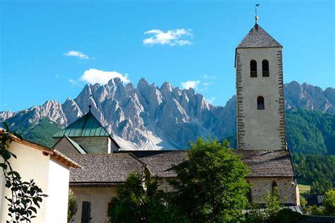 ufficio turistico sesto pusteria parrocchia san michele arcangelo san candido