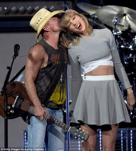 taylor swift duet with country singer taylor swift sings with kenny chesney in new live track