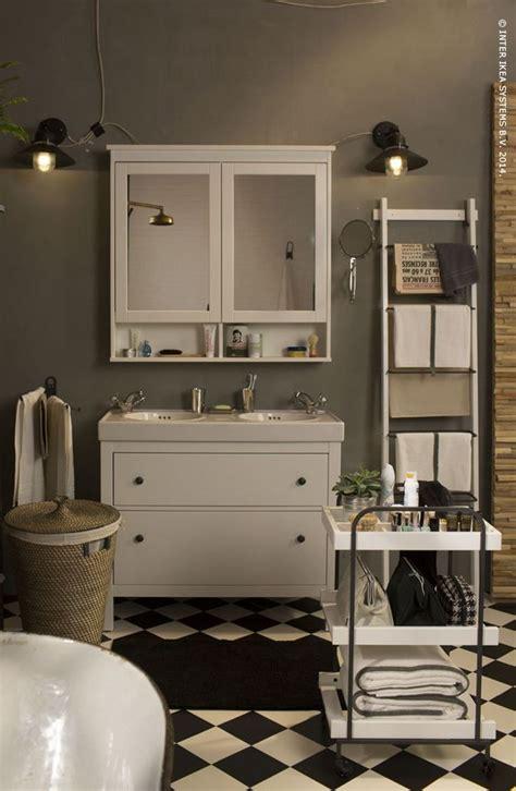 an unbelievably cool house to copy cabinets roman geef je badkamer een retro look de handige hemnes