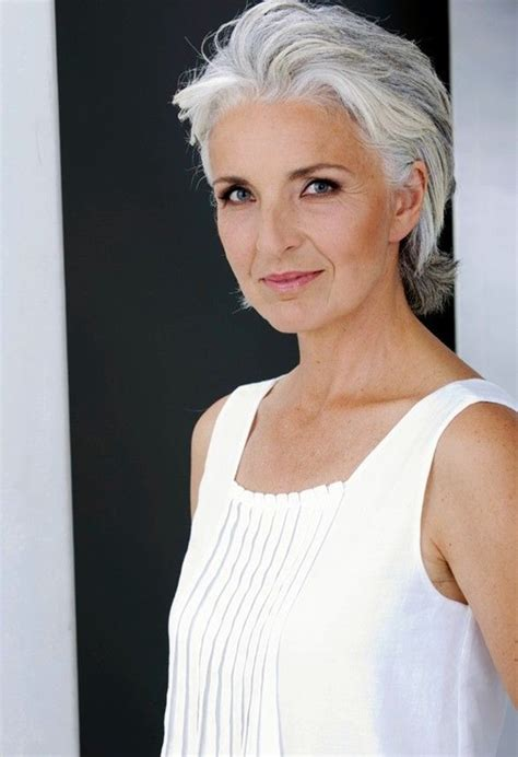 short gray hair models 40 simple and beautiful hairstyles for older women buzz 2016