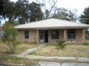 homes for in mississippi 613 nicholson ave ms 39560 foreclosed home