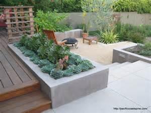 beton w ogrodzie â murki å ciany rzeåºby nawierzchnie