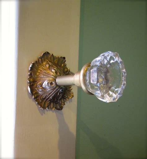 Curtain Knob Tie Backs by I M Projecting Again Glass Doorknob Curtain Tie Backs And How To Spray Paint Drawer Pulls