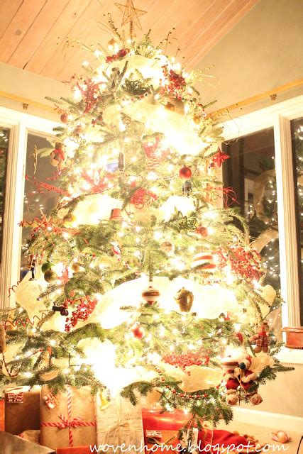 woven home how to take glowing christmas tree pictures